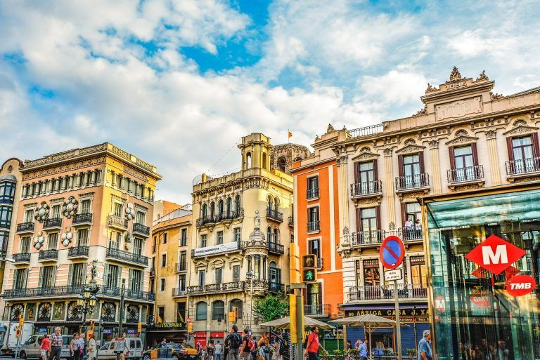 1634579227 where to stay in Barcelona